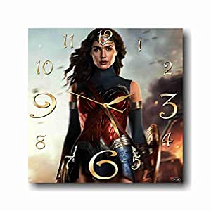 WONDER WOMAN Decorative Wall clock 11,8 Inch – for devoted fans of DC comics.