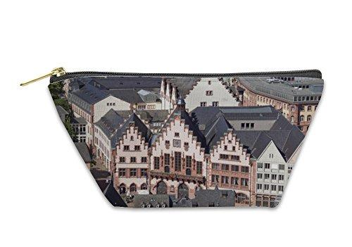 Gear New Accessory Zipper Pouch, Blick Vom Dom Auf Den Roemerberg In Frankfurt Am Main Deutschland, Large, - Vom Zipper