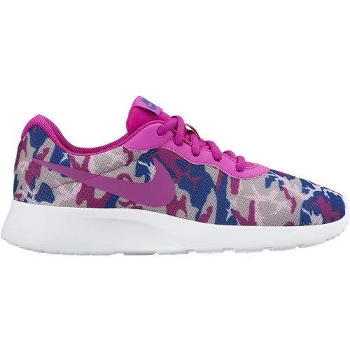 Amazon.com  Nike New Women s 7.5 Scarpe- Sneakers Donna Tanjun Print 820201  515 Shoes Run  Sports   Outdoors 9f350fc52fd