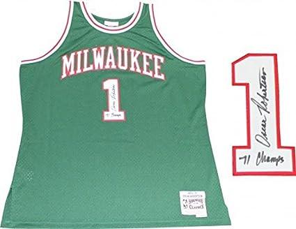 Oscar Robertson quot 71 Champs quot  Autographed Milwaukee Bucks Mitchell    Ness Jersey (PSA) 7e0605f9d