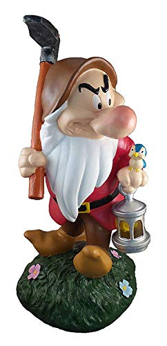 (Design International Group Disney Grumpy Carrying Lantern Solar LED Garden Statue)