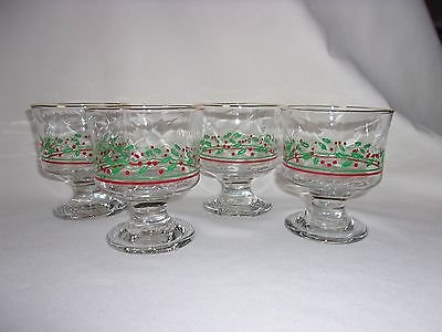 Holly Berries Dessert Dishes, Arby's Christmas Glass Collection, Set of 4