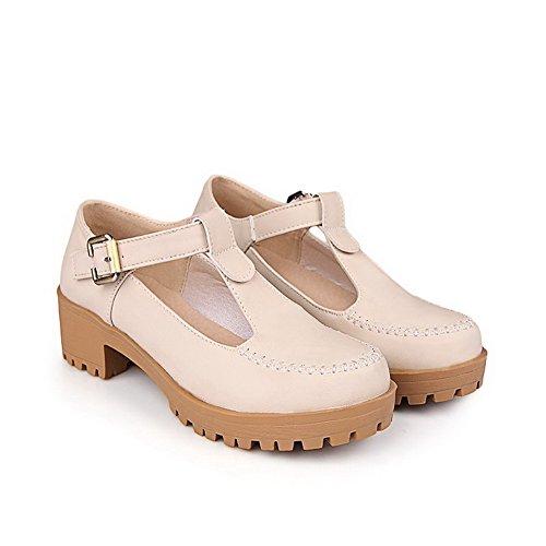 AllhqFashion Damen PU Leder Mittler Absatz Rund Zehe Rein Schnalle Pumps Schuhe Aprikosen Farbe