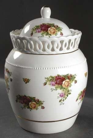 Royal Albert Old Country Roses Round Cookie Jar by Royal Albert