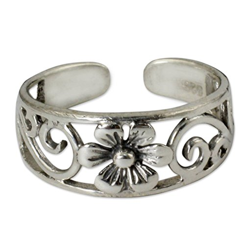 NOVICA .925 Sterling Silver Floral Toe Ring, Blossoming Paths' ()