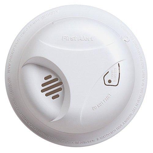 First Alert SA305B Smoke Alarm, 9V Lithium Battery Powered w/ Silnce Button