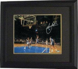 Signed Christian Laettner Photo - Horizontal 11x14 Custom Framed 1992 The Shot vs Kentucky Buzzer Beater