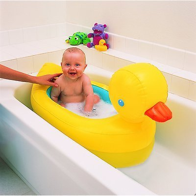 Amazon.com: Munchkin caliente hinchable pato tina Fun Baby ...