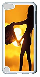 Fashion Customized Case for iPod Touch 5 Generation White Cool Plastic Case Back Cover for iPod Touch 5th with Beach Girl