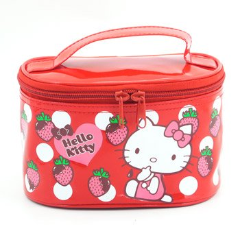 01ad2c69d3 Amazon.com   Hello Kitty Cosmetic Bag  Red   Sanrio Cosmetic Bag   Beauty