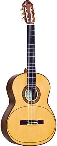 Esteve Manuel Adalid artista membrana Guitarra Classic