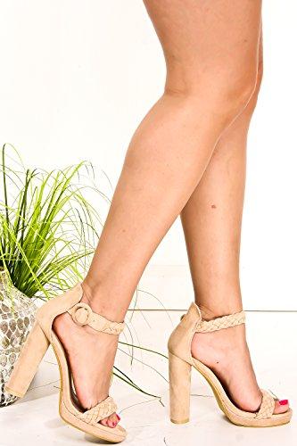 Lolli Couture Suede Toalla Abierta Esmalte Y Correa De Tobillo Chunky High Heels 8 Lcream