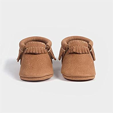 bac88e4bb8bf Image Unavailable. Image not available for. Color: Freshly Picked Soft Sole  Leather Baby Moccasins ...