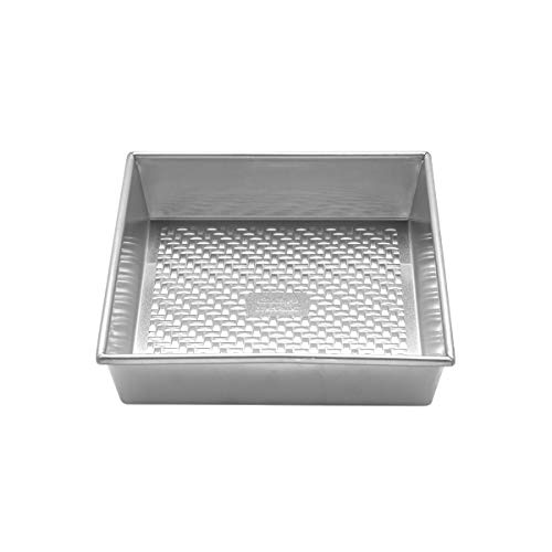 Chicago Metallic 5237983 Uncoated Textured Aluminum Square Cake Baking Pan, 9-Inch, Silver