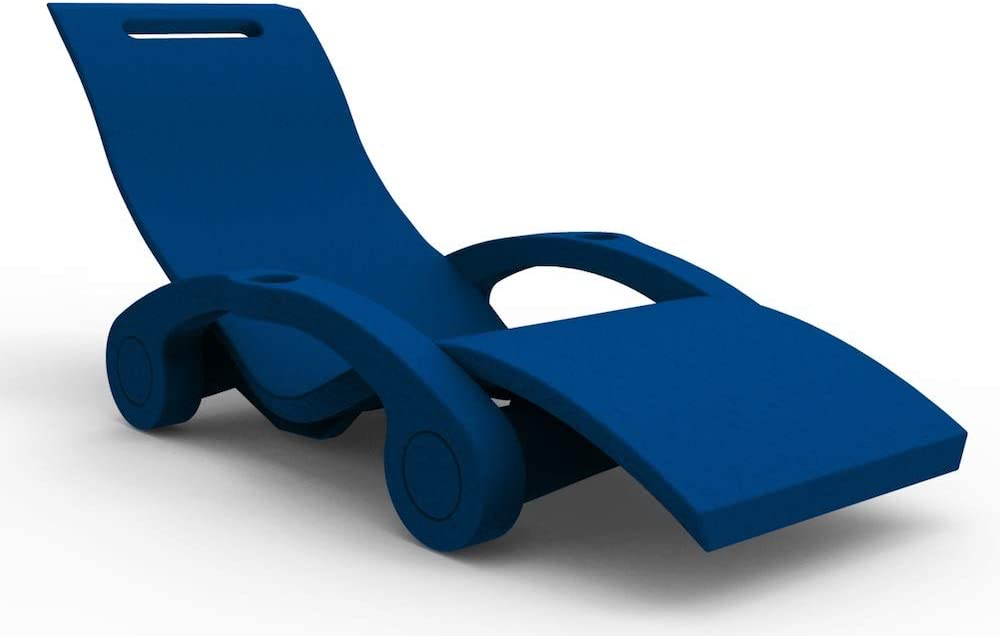 Plage des chaises pliantes Battigia