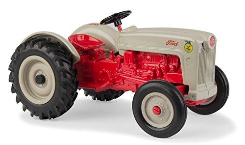 (ERTL 1/16 Ford NAA FFA Tractor)
