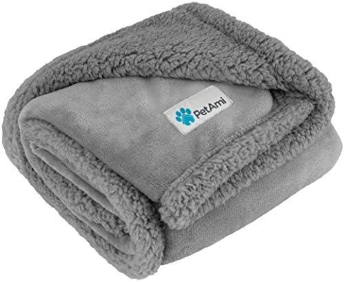 PetAmi - Manta impermeable para perros medianos, cachorros, gatos pequeños, manta suave de forro polar Sherpa para sofá, sofá | funda de cama para mascotas gruesa y duradera, alfombrilla para piso de 76 x 101 cm (ceniza) 2