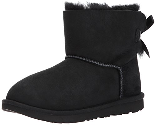 UGG Kids K Mini Bailey Bow II Pull-on Boot,Black,4 M US Big Kid]()