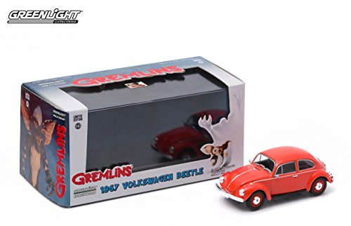 1967 VOLKSWAGEN BEETLE from the classic 1984 film GREMLINS * Greenlight Hollywood * 2015 Greenlight Collectibles Limited Edition 1:43 Scale Die-Cast Vehicle & Custom Display Case