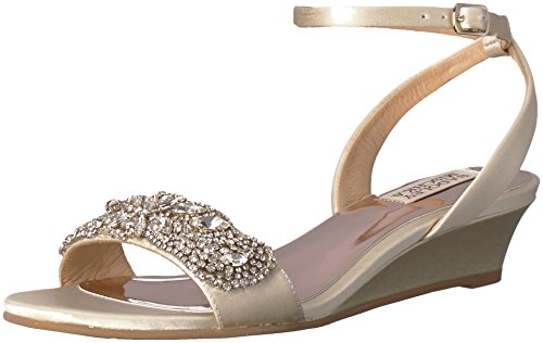 Badgley Mischka Women's Hatch Wedge Sandal, Ivory, 5.5 M US
