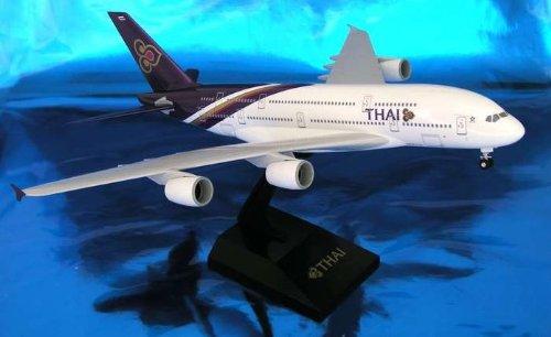 1: 200 スカイマークス Thai 航空 エアバス 380 with Landing Gear (並行輸入)