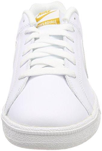 half off ed3cb a928a Nike WMNS Court Royale, Chaussures de Gymnastique Femme, Multicolore  (Whitelight Bone Minera L Ye L Lo 110) 43 EU  Amazon.fr  Chaussures et Sacs