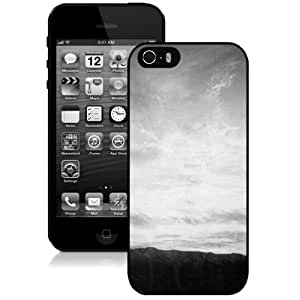 Popular And Durable Designed Case For iPhone 5 5s With Grey Sky Phone Case