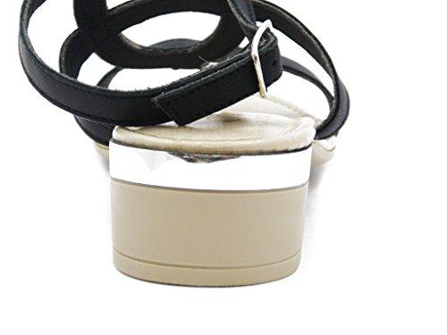 Sandalo in pelle con applicazioni strass, con tacco 3cm. e SUOLA IN gomma antiscivolo, Estivo-4002