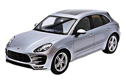 Spark Modelo S18171 MACAN Porsche Turbo Silver 2013 01:18 Auto Ruta