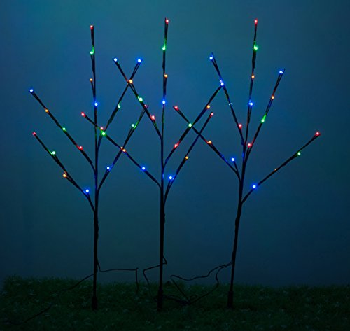 Outdoor Lighted Christmas Tree Set in US - 3