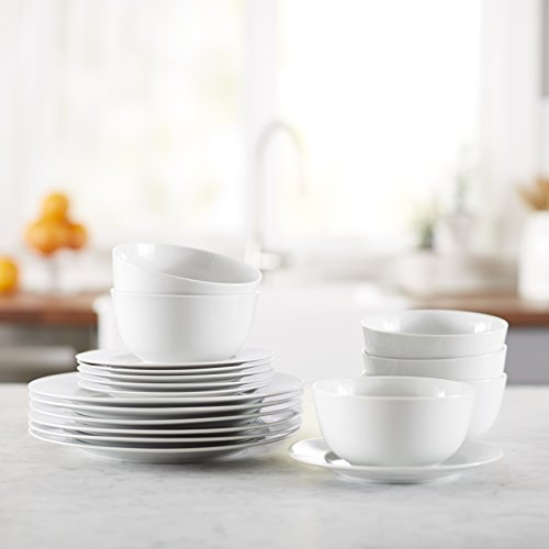 AmazonBasics 18-Piece Dinnerware Set, Service for 6 by AmazonBasics (Image #1)