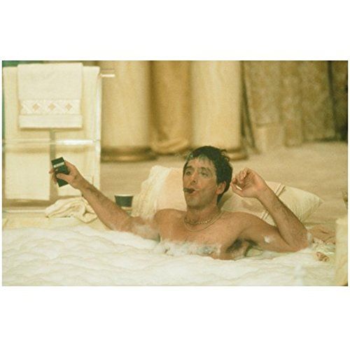 scarface-1983-8-inch-x10-inch-photo-al-pacino-in-jacuzzi-kn