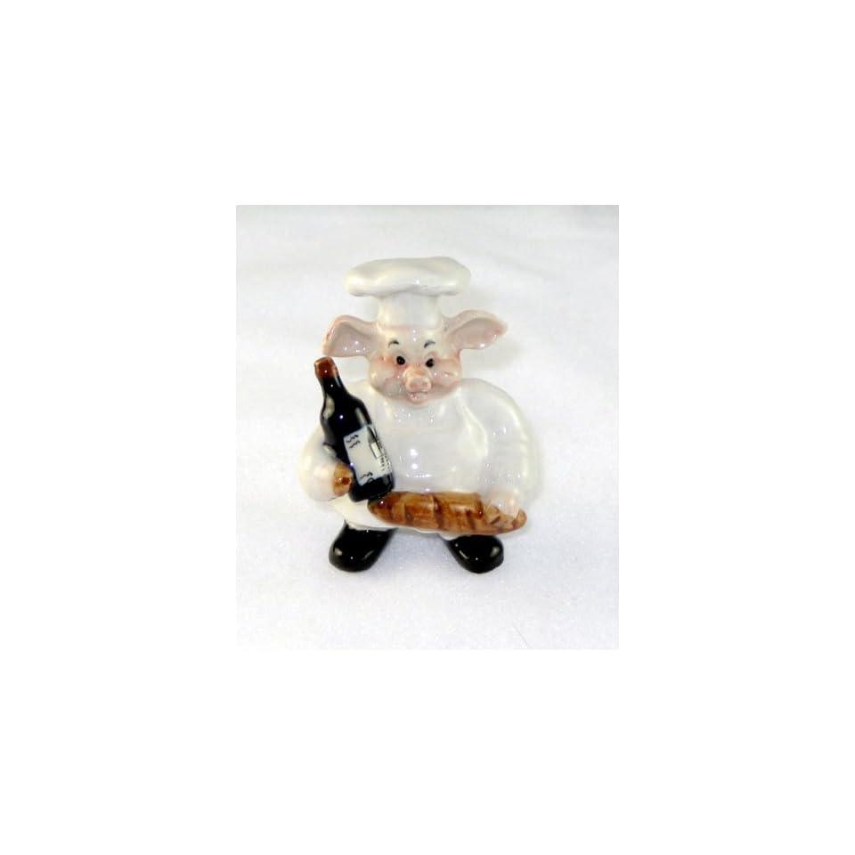 PIG CHEF holds Bottle w WINE & LOAF of FRENCH BREAD Miniature Piglet Porcelain KLIMA L756B