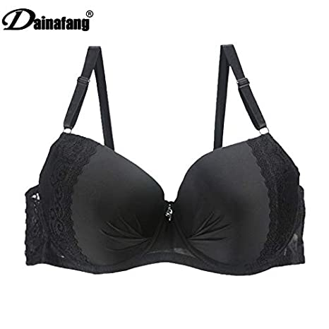 Amazon.com: GuiZhen Full Cup Plus Size Bra Underwear Lingerie Wireless Adjust lace Womens Breast Lining DE Large cup44 46 48 50: Garden & Outdoor