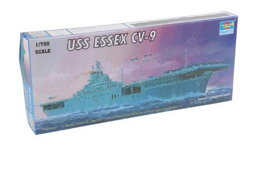 Trumpeter 1/700 USS Essex CV-9 US Aircraft Carrier Model Kit