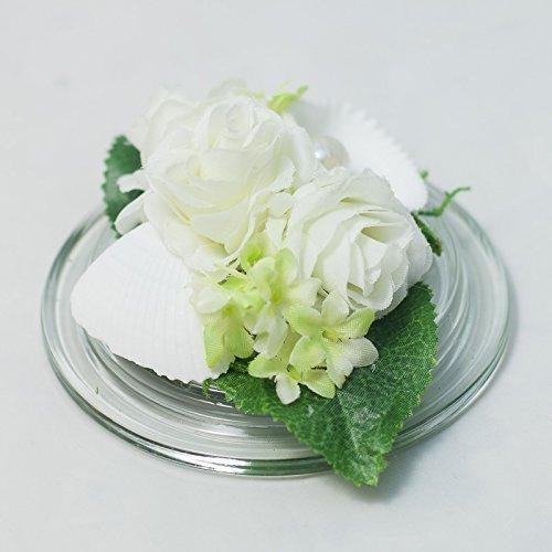 Kleines Weisses Tischgesteck Mit Roschen Perle Tischdeko Mit