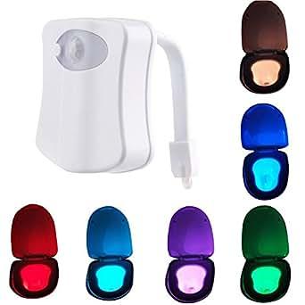 5 luces LED nocturas para el baño. Con sensor de movimiento y luz, funcionan con pilas
