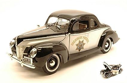 modello di auto 1:18//Motormax FORD Deluxe COUPE 1940 Highway Patrol bianco//nero