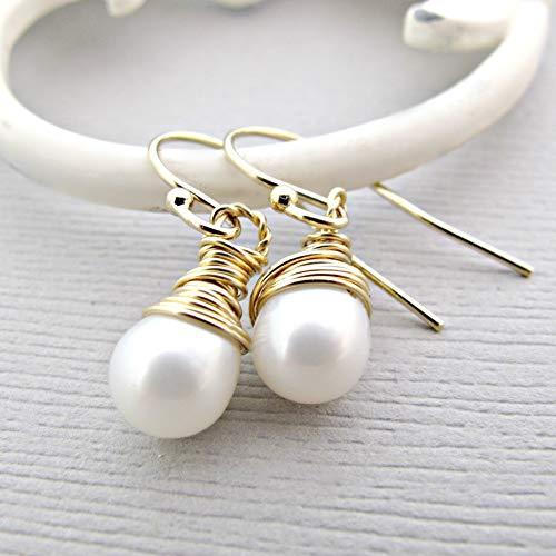 Peal Dangle earrings, White Pearl Earrings,14k Gold Fill Post, Fresh Water Pearl Earrings, Pearl Earrings, Pearl earrings, White Pearls -