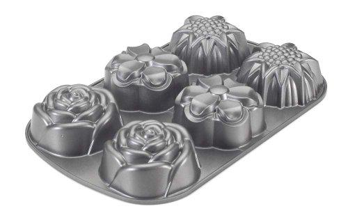 Nordic Ware Bouquet Pan