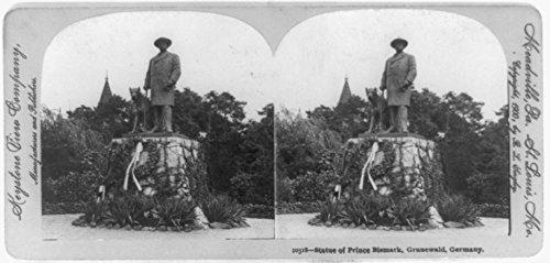 Reviews/Comments 1900 Photo Statue Prince Bismark [ . Bismarck], Grunewald, Germany Full length statue Fürst