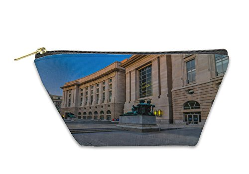 Arlington Amphitheater (Gear New Accessory Zipper Pouch, View Of The Memorial Amphitheater At Arlington Cemetery, Small, 5654218GN)