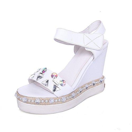 AdeeSu Womens Platforms-Sandals Studded Fashion Urethane Platforms Sandals SLC04010 White JjmJ2