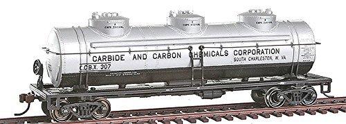 Bachmann Trains Carbide And Carbon Chemicals Three Tank Car-Ho Scale by Bachmann Trains