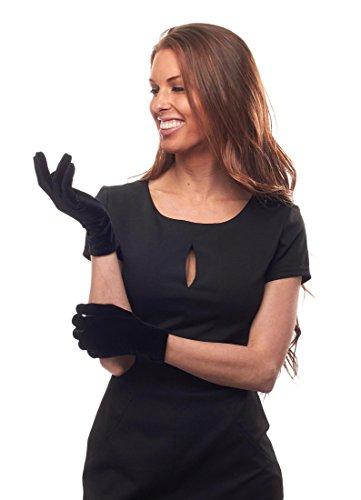 Jewel of Night Velvet Wrist Length Gloves (Black)