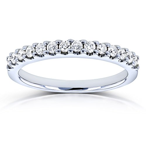 Prong-set Round Diamond Wedding Band 1/4 CTW in 14k White Gold