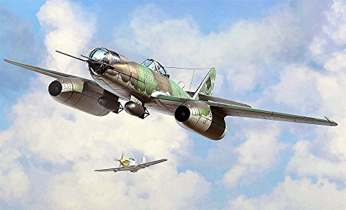 Hobbyboss 80377″ Me 262 A-2a/U2 Model Kit, 1:48 Scale