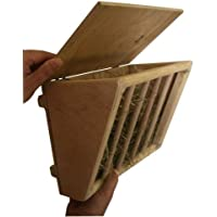 Kerbl Hay Rack with Wooden Seat, 25 x 17 x 20 cm