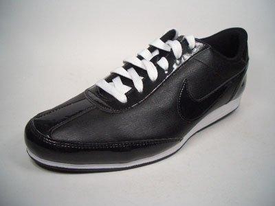 Nike Signature. Leder. Optimaler Halt, Komfort und Dämpfung. EUR 38 US 7 UK 4,5 24 cm
