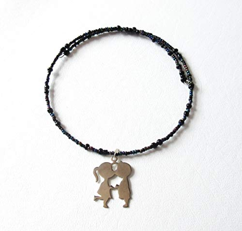 Kissing Children Silhouette Necklace Beaded Memory Wire